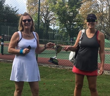 2020 Ladies Doubles winners
